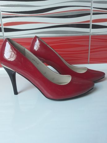 Korki buty szpilki czerwone rozmiar 40