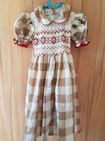 Sukienka dla dziewczynki na 4 lata