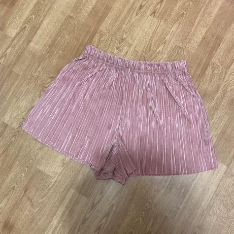 Плиссированные шорты Asos