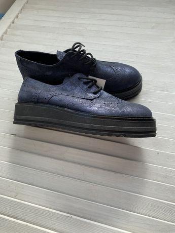 Распродажа. Новые женские туфли оксфорды. Италия. Кожа.