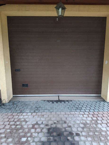 Brama garazowa braz