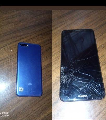 Телефон Huawei Y 6 2018.