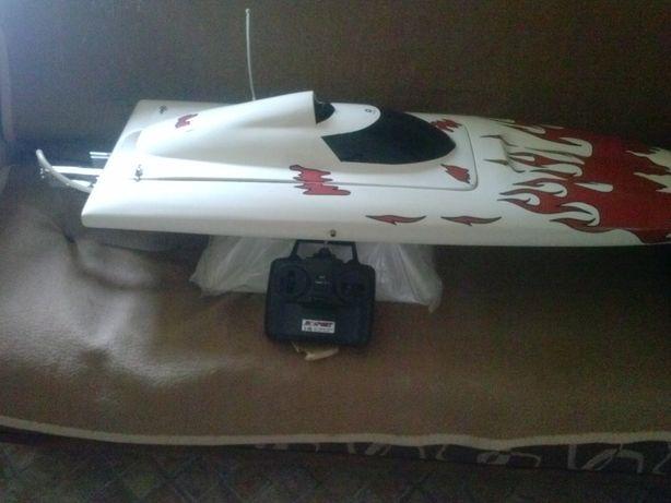 RC łódż zdalnie sterowana silnik 2t 26cm chłodzony wodą