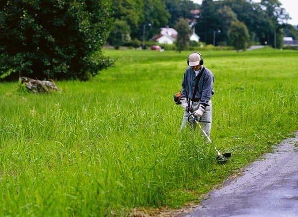 Покос травы,обрезка и валка деревьев,земельные работы,демонтаж