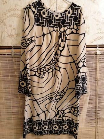 Платье трикотажные прямого силуэта 50-52р