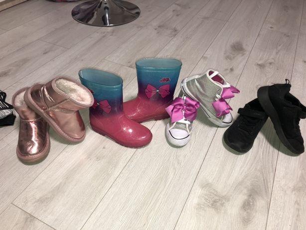 Обувь на девочку,сапоги резиновые,кеды,угги,крассовки
