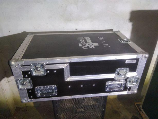 Case Skrzynia transportowa z szufladami do Yamaha 01V96