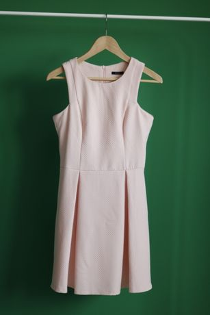 Sukienka MOHITO serduszka 36 (S)
