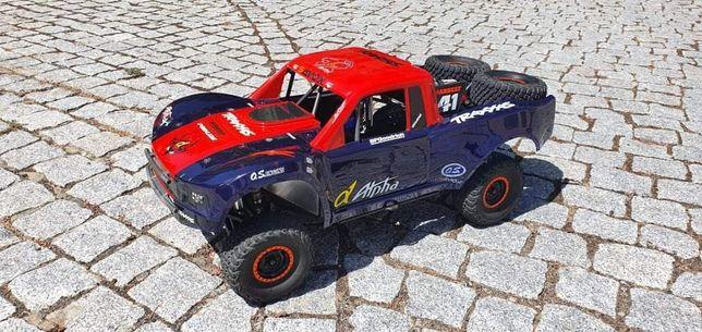 Traxxas UDR 6s - Ultimate Desert Racer - carro telecomandado