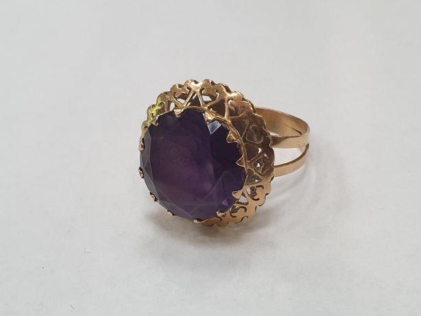 Piękny złoty pierścionek damski/ 750/ 6.98 gram/ R18/ Aleksandryt