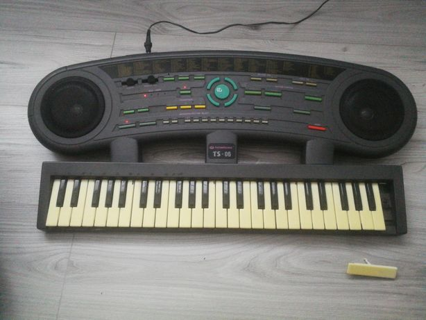 Keyboard Thompsonic TS-06