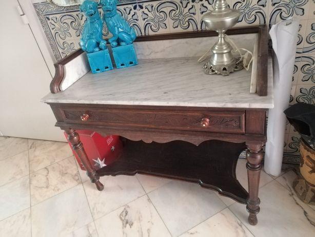 Mesa madeira tampo em marmore
