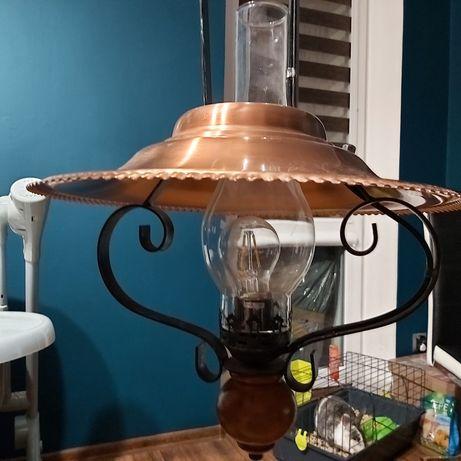Lampa w stylu vintage.