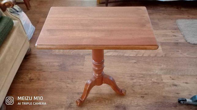 Столик кофейный ,приставной