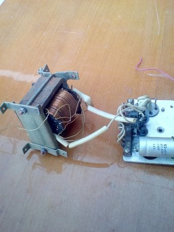 трансформатор со стабилизатором