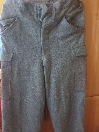 Spodnie wojskowe nowe antyk