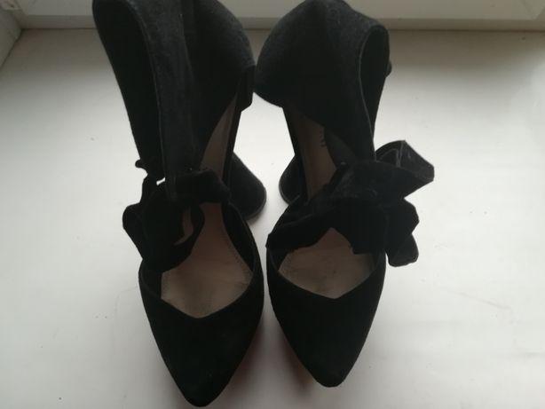 Туфли женские 38-го размера