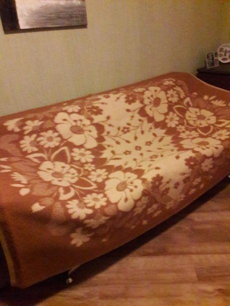Одеяло шерстяное полуторное 2 шт.
