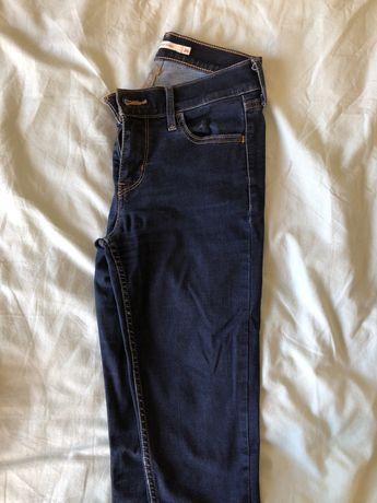 Calças Levis Super Skinny 710