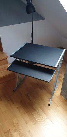 Dwa takie same biurka. Cena za 1 szt 40 zl