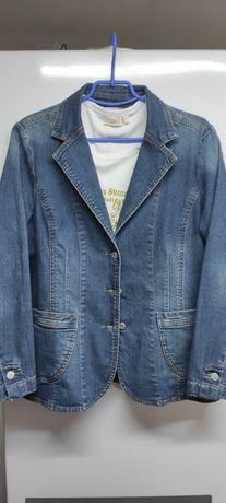 Женский, джинсовый пиджак размер 44