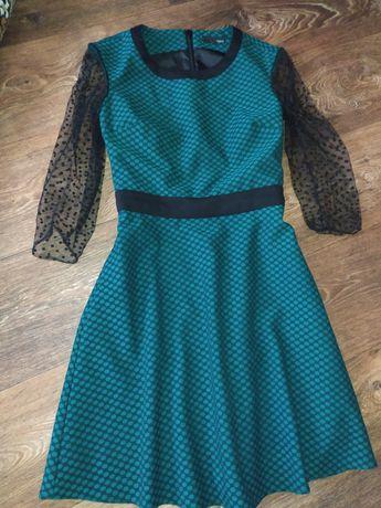 Трикотажное платье next bw
