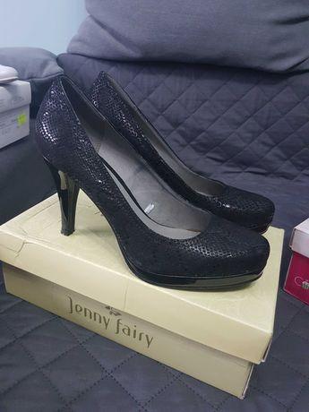 Oddam za darmo buty damskie