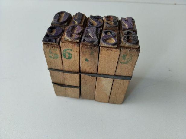 Stemple numery drewniane numerator PRL