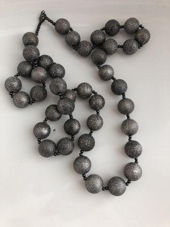 Korale srebrne metalowe kule