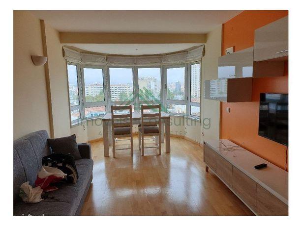Apartamento T1| Mobilado |Equipado| Garagem| Metro | Olaias