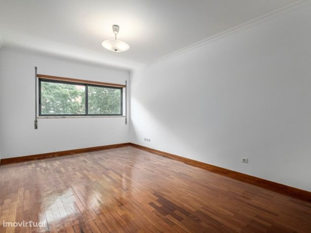 Apartamento T3 com lugar de garagem e Terraço comum-Quint...