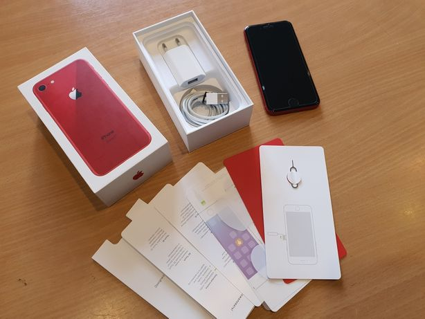 Idealny telefon Iphone 8 RED 64GB