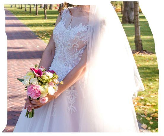 АКЦИЯ! Свадебное платье + кольца под юбку и фата