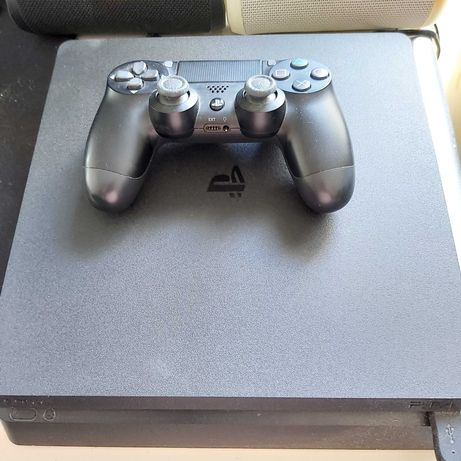 Playstation4 +  Comando