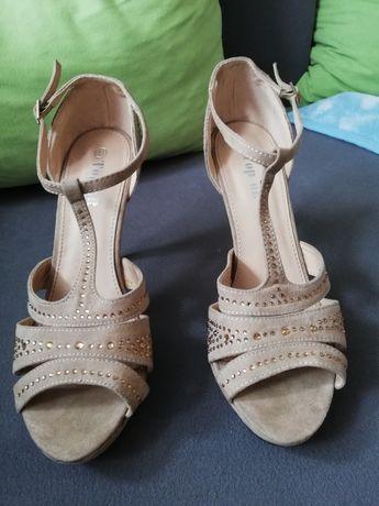 Sandałki r. 41