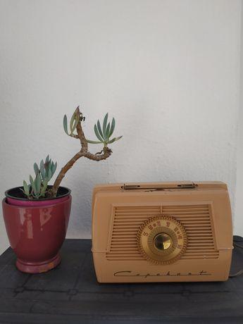 Rádio Antigo Farnsworth Television & Radio Corp. Modelo 1P55