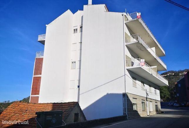 Apartamento T3 em bom estado Seia