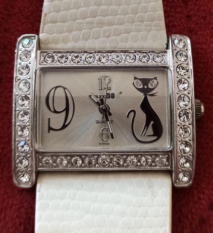 Sprzedam damski zegarek Flaunt