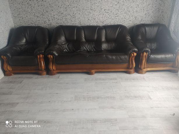 Шкіряний диван і крісла