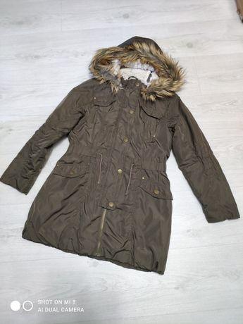Продам демисезонную куртку парку