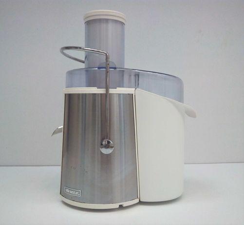 Liquidificadora plástico e metal da Ariete.