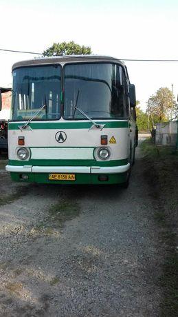 Продаю автобус ЛАЗ 695