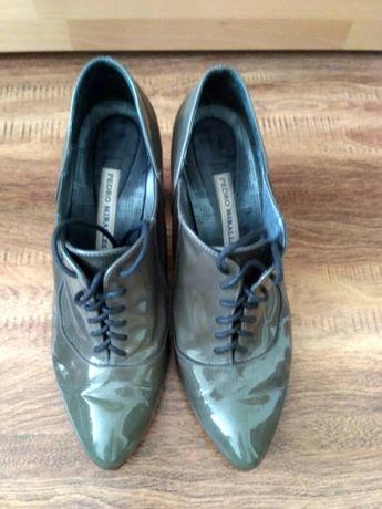 Шкіряне взуття,Іспанія!