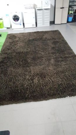 Tapete pêlo longo castanho 2,50×3,70m