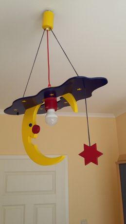 lampa sufitowa dziecięca, drewniana