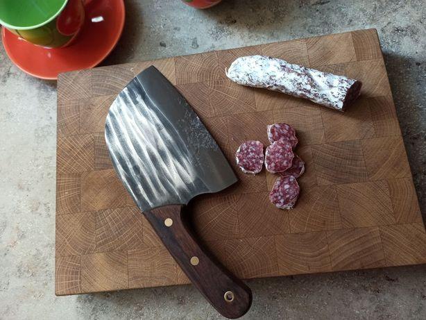 Сербский нож ручной работы. Год гарантии. (под женскую руку)
