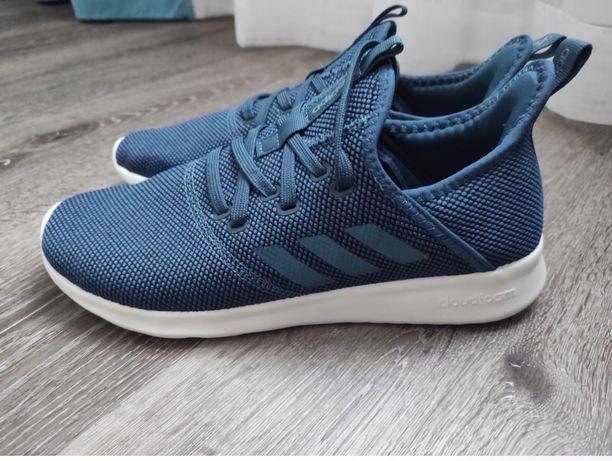 Кроссовки Adidas, оригинал.