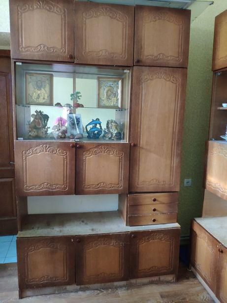 Продам стенку- шкафы