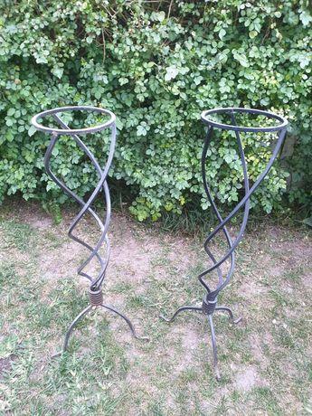 Suportes de ferro para vasos/plantas