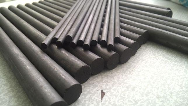 Стержни графитовые (электроды) диаметр 15- 19 мм,длина 250-260 мм.